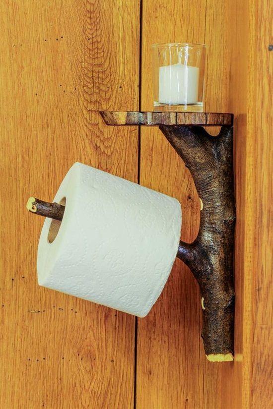 porte papier toilette DIY style rustique avec une branche de bois.